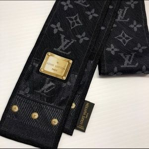 🇮🇹 Authentic Louis Vuitton Bandeau 🇮🇹